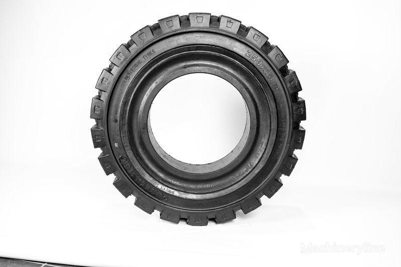 гума за мотокар 250х15  Emrald