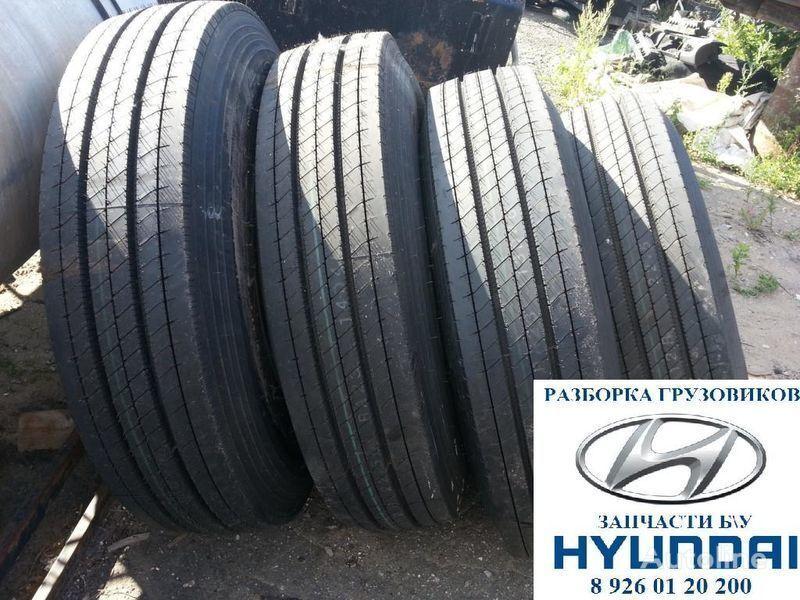 нова гума за автобус Kumho