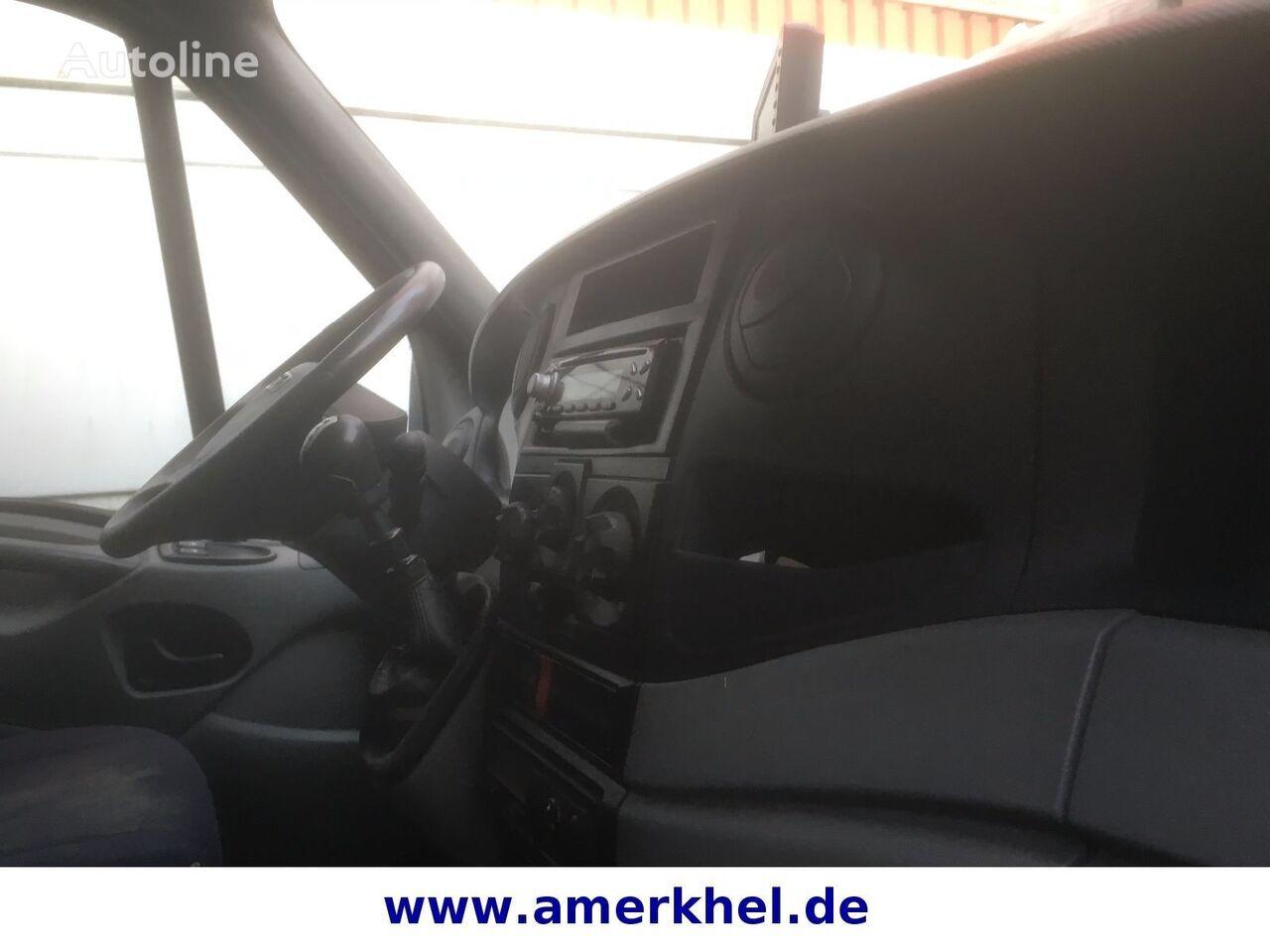 камион фургон IVECO Daily c 50 cl ups