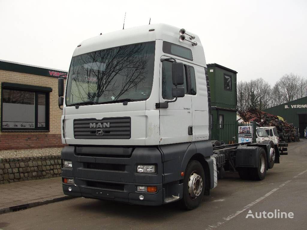 камион шаси MAN 26.460