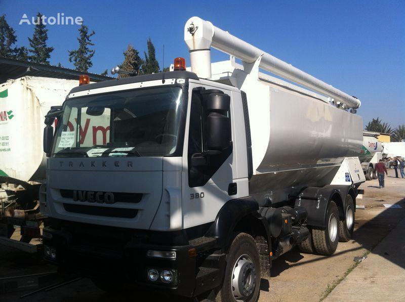 нов камион силоз IVECO Trakker