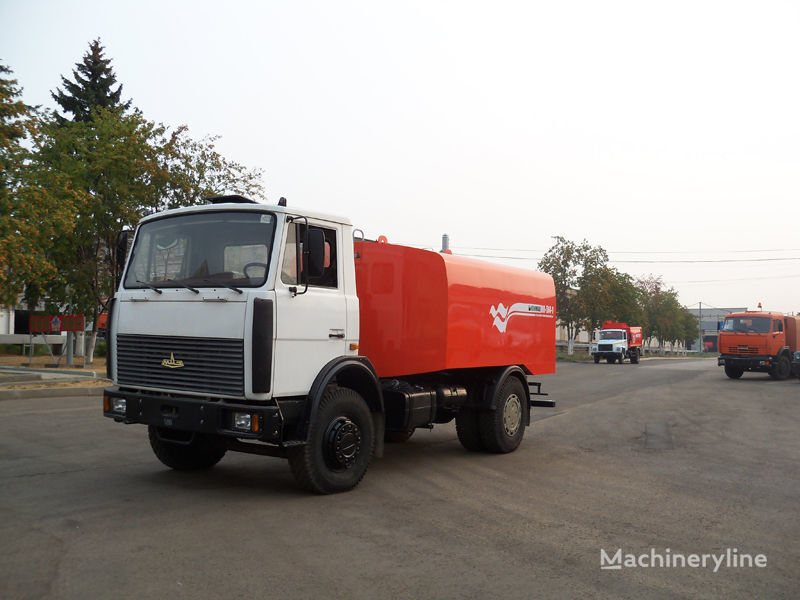 камион за отпушване на канали МАЗ КО-514-1