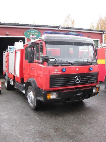 пожарна кола MERCEDES-BENZ 1320