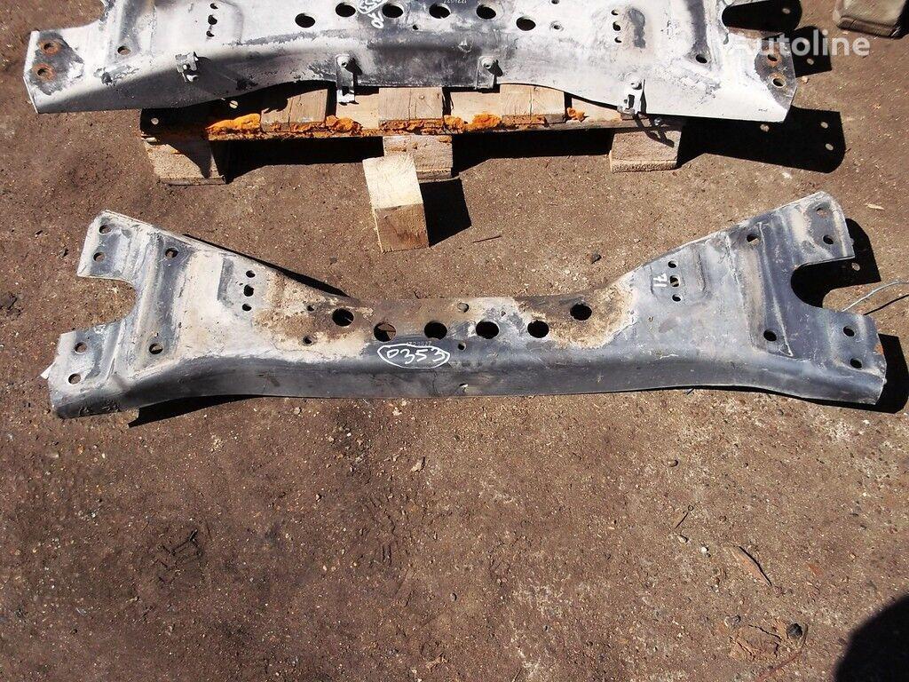държател  Траверса двигателя за камион