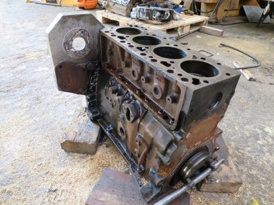 двигател  CUMMINS 4T-390/59 (MOTOR PARA PIEZAS REPUESTO) за друга строителна техника