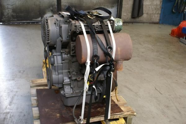 двигател за друга строителна техника DEUTZ F2L1011F