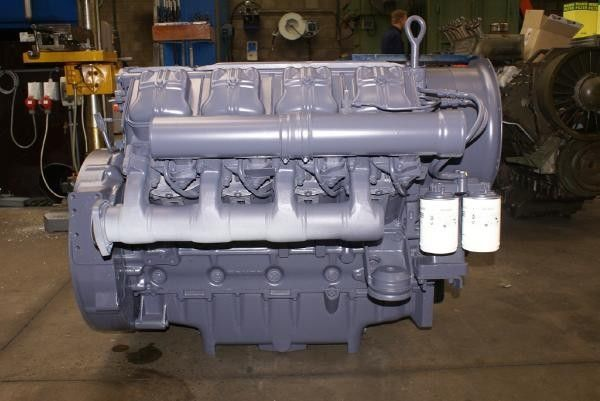 двигател за багер DEUTZ F8L513