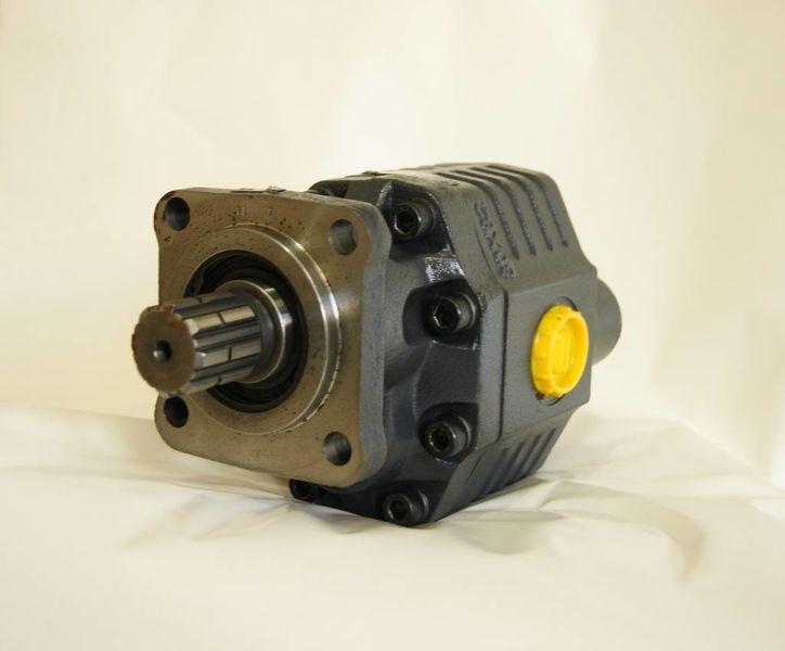 нова хидравлична помпа  ISO 82 л на 4 болта/новая/установка/гидравлические системы за влекач