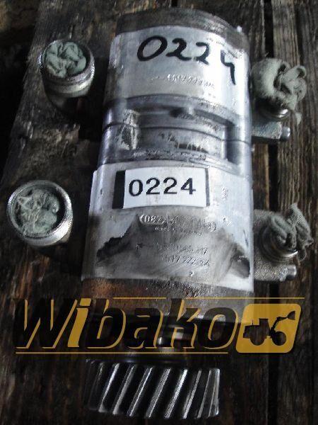 хидравлична помпа  Hydraulic pump Bosch 0510565317/1517222364 за багер 0510565317/1517222364