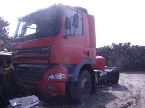 кабина  - интерьер салона кабины за камион DAF CF - 65/75/85 (2004 год.)