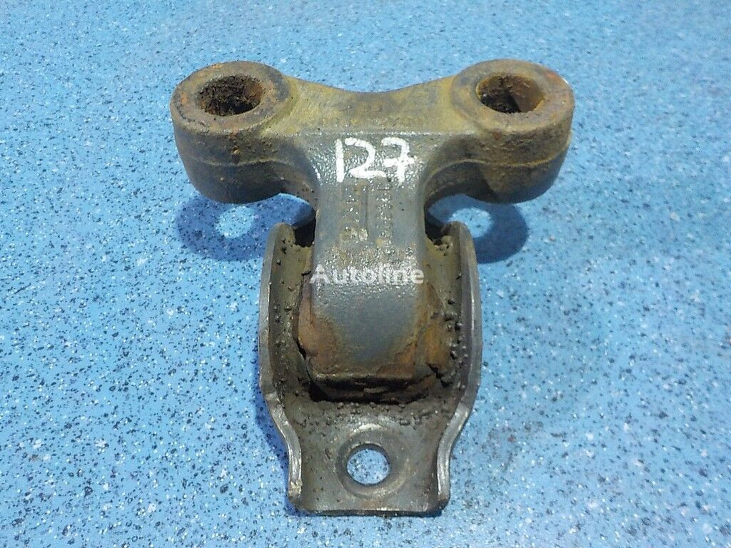 крепежни елементи  DAF Кронштейн крепления переднего cтабилизатора за камион DAF