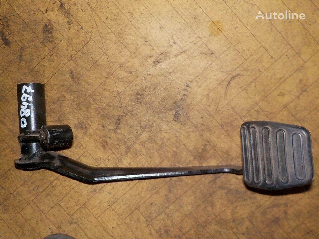 крепежни елементи  Педаль тормоза за камион DAF