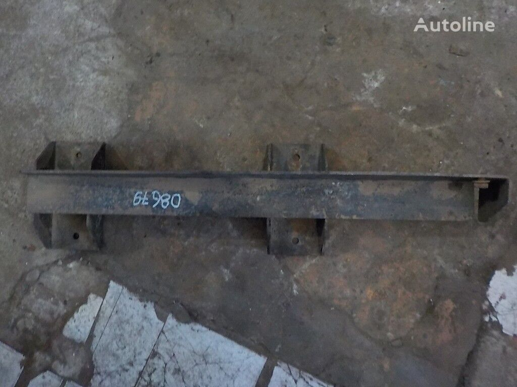 крепежни елементи  Кронштейн заднего брызговика за камион SCANIA
