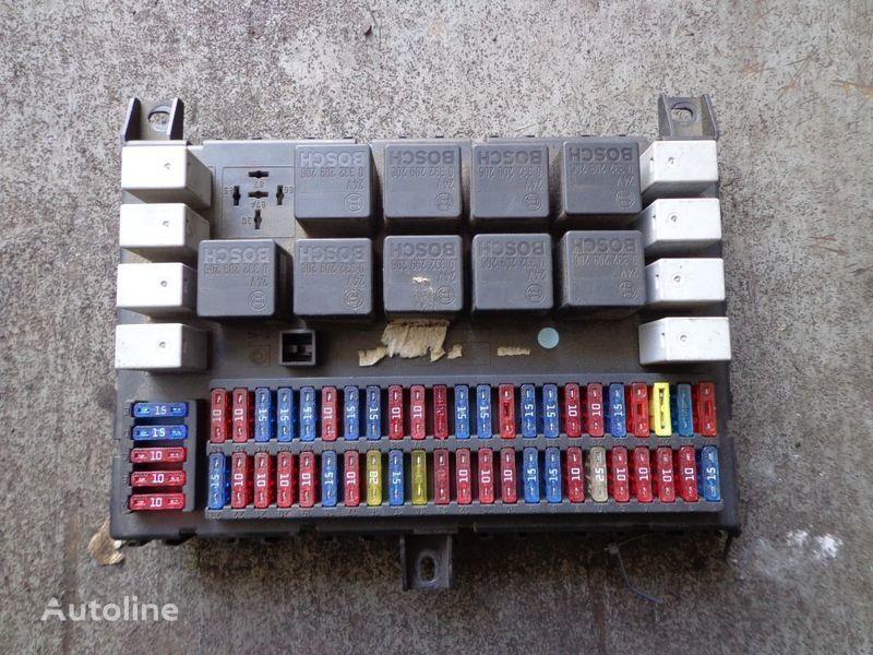 кутия с предпазители за влекач DAF CF