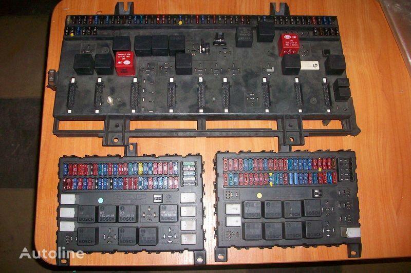 кутия с предпазители за влекач DAF XF,CF