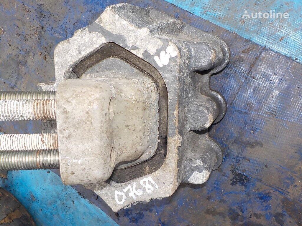 опорна възглавница  Опора двигателя задняя за камион IVECO
