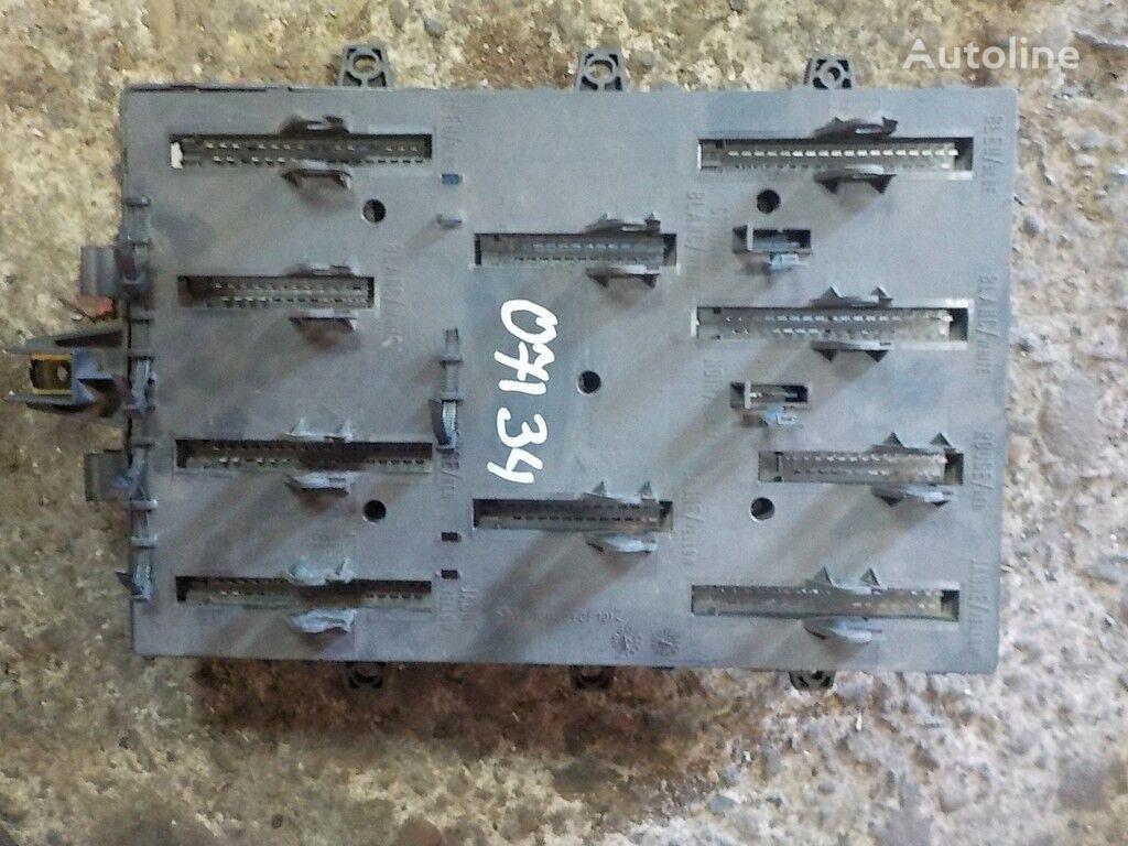 панелен блок  предохранителей за камион RENAULT