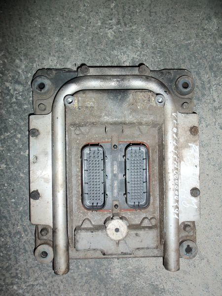 панелен блок  Renault Premium DXI engine control unit EDC 20814604 за влекач RENAULT Premium DXI