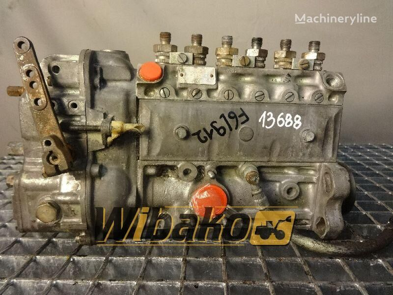 помпа за впръскване на гориво под високо налягане  Injection pump Bosch 0400866039 за багер 0400866039 (PES6A80D410/3RS2527)