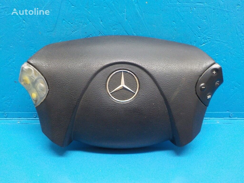 резервни части  Крышка рулевого колеса Mercedes Benz за камион