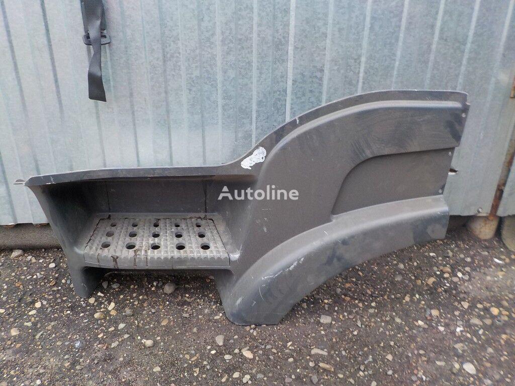резервни части  Корпус подножки LH Iveco за камион