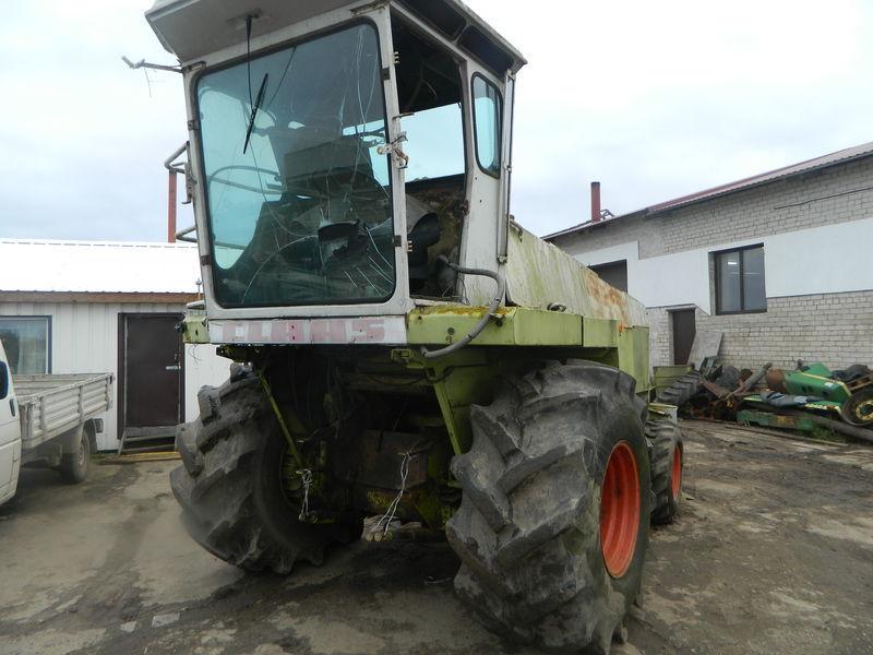 резервни части  б/у запчасти/ used spare parts за хедер за царевица CLAAS JAGUAR 690