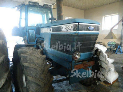 резервни части  spare parts /б/у запчасти за трактор FORD 8830