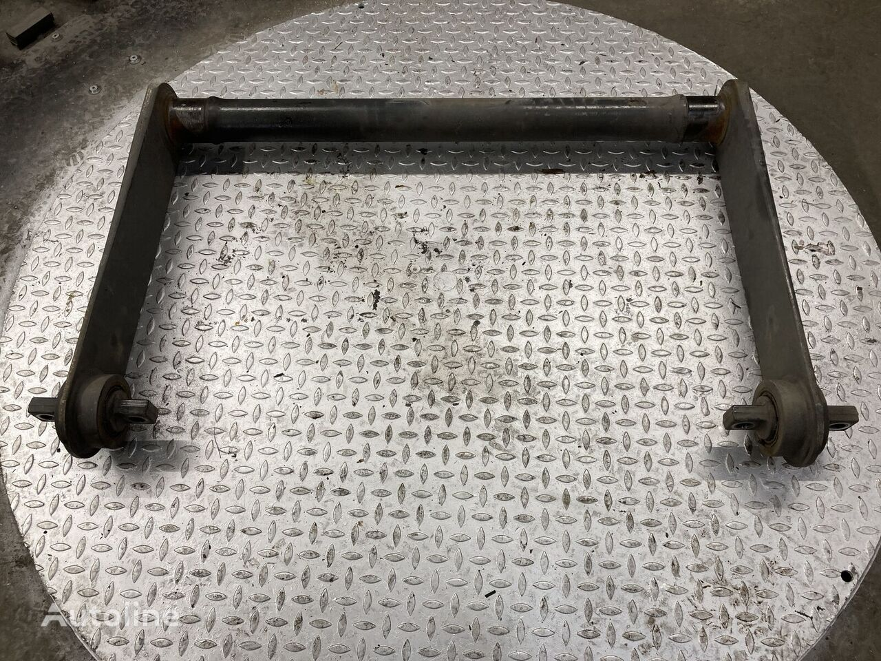резервни части  Torsiestaaf achteras за камион MERCEDES-BENZ Torsiestaaf achteras