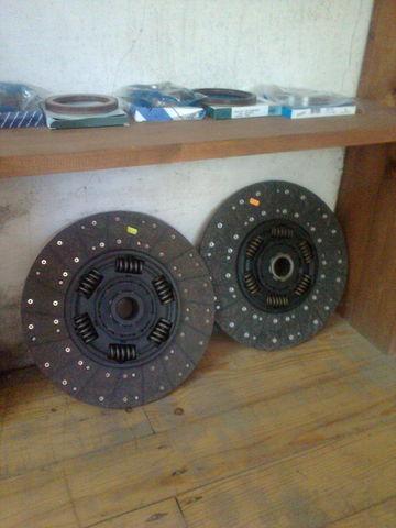 ново съединител диск  KAWE Holland 1878000948 , 21593944 , 85000537 , 7420707025 , 20525015 за влекач VOLVO FH 12