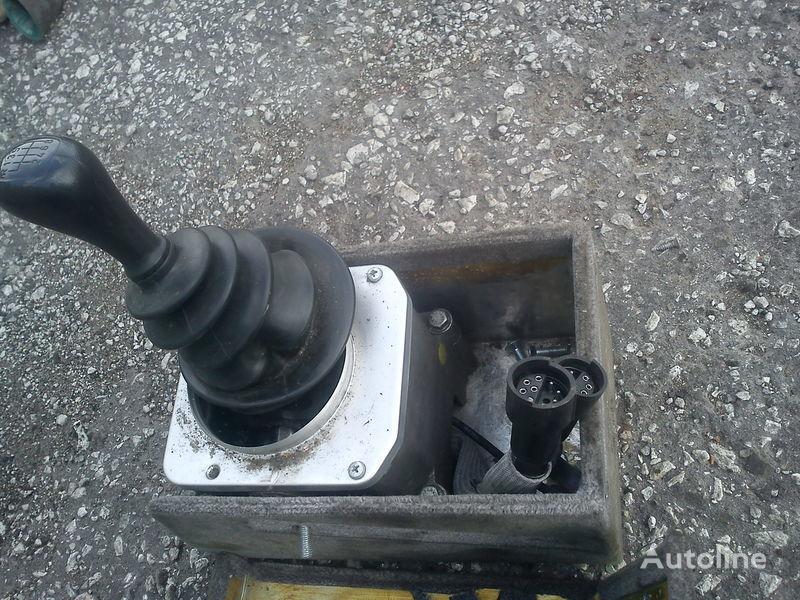 скоростна кутия  ZF 8S140 рычаг переключения передач Даф за автобус DAF
