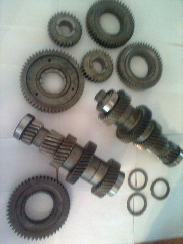 нова скоростна кутия  ZF 12 AS 2301 1328305014 /  1327304002 / 1328304061  / 1328304060  / 1327304024 за камион MAN tga