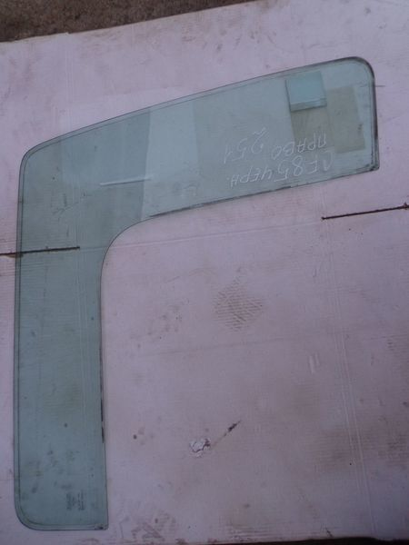стъкло  неподъемное за влекач DAF CF