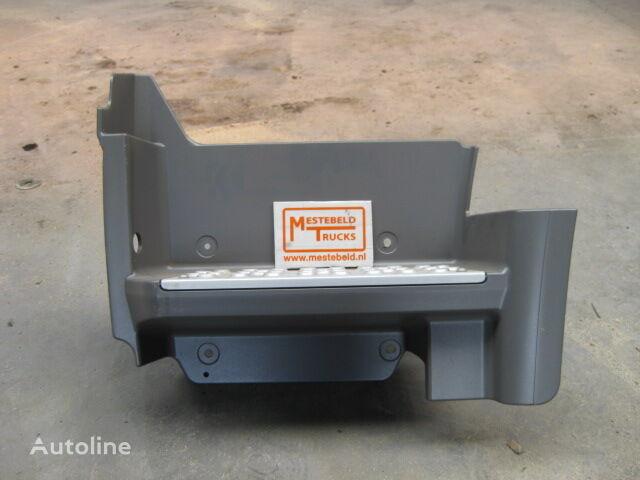 ново стъпало за камион MERCEDES-BENZ Instapbak links Axor