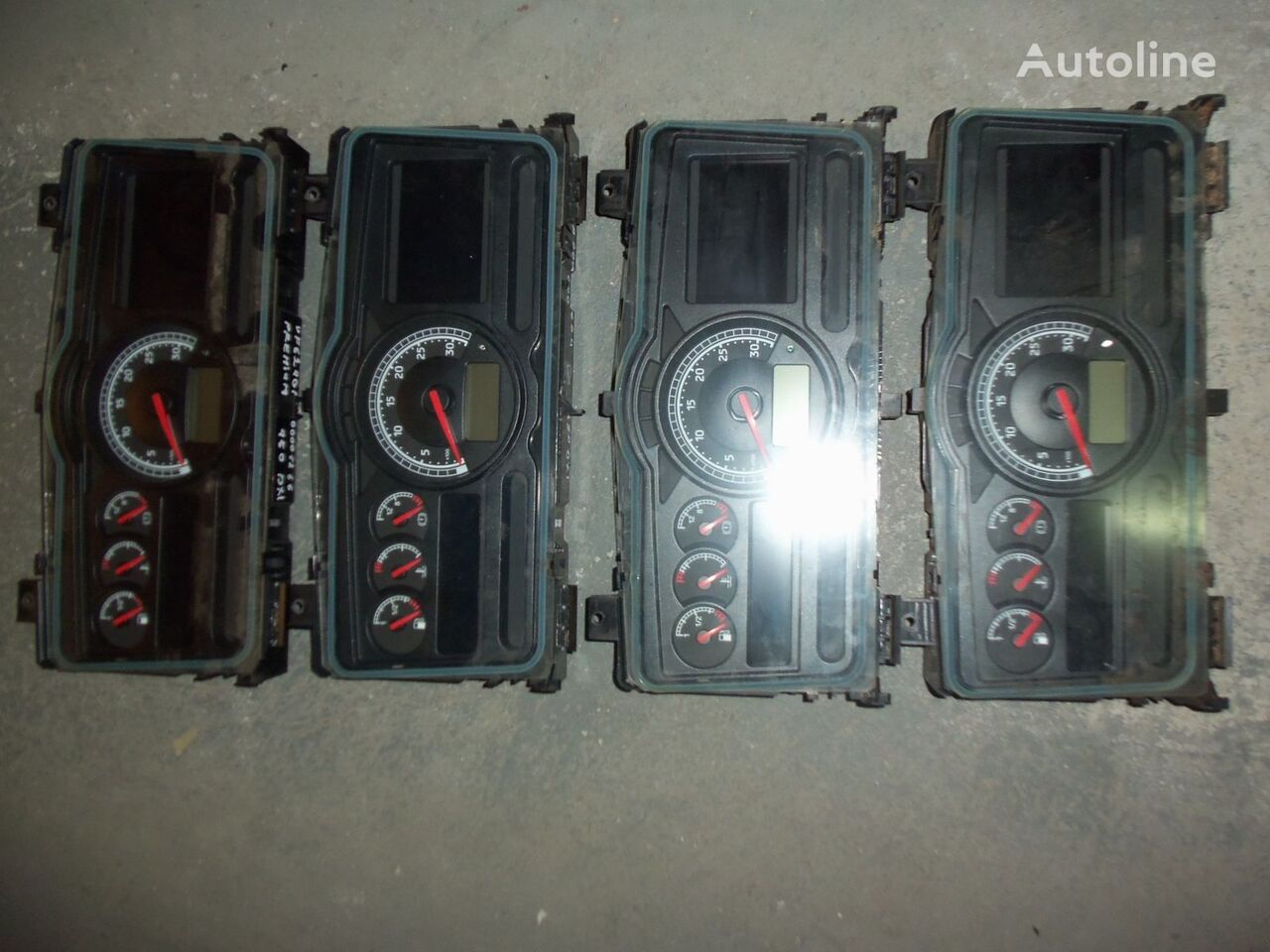табло с уреди  Renault Premium DXI instrument panel, dashboard, 7420771818 за влекач RENAULT Premium DXI