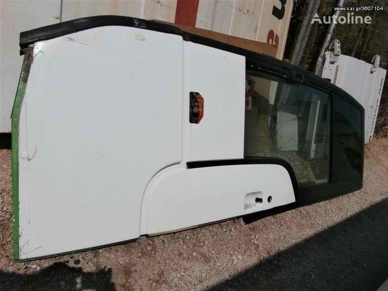 врата  Mercedes Benz Drivers Door 404 0404 15 RHD за автобус MERCEDES-BENZ 404 0404 15 RHD