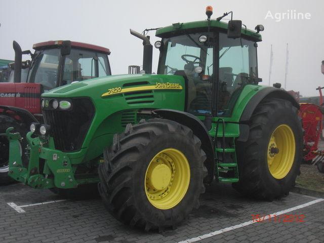 колесен трактор JOHN DEERE 7820