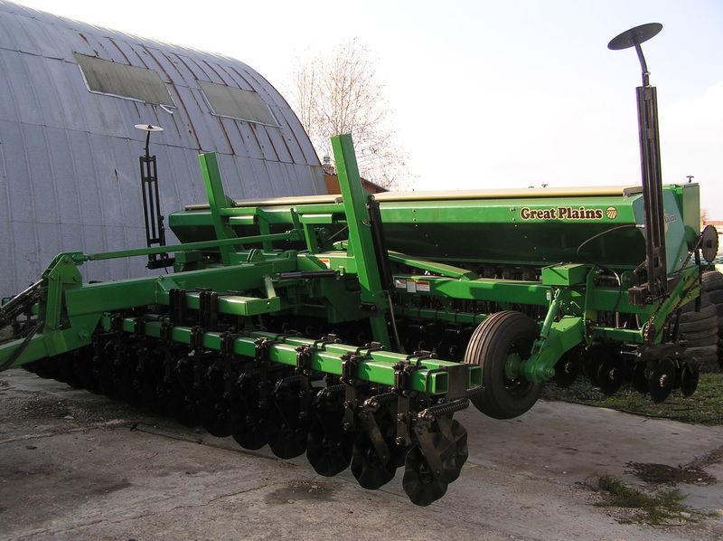 механична сеялка GREAT PLAINS CPH - 2000 6 м зерновая  с внесением сухих минеральных удобрений