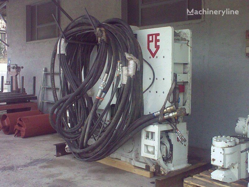 друга строителна техника Вибропогружатель  PVE25 M + power unit PVE 480.