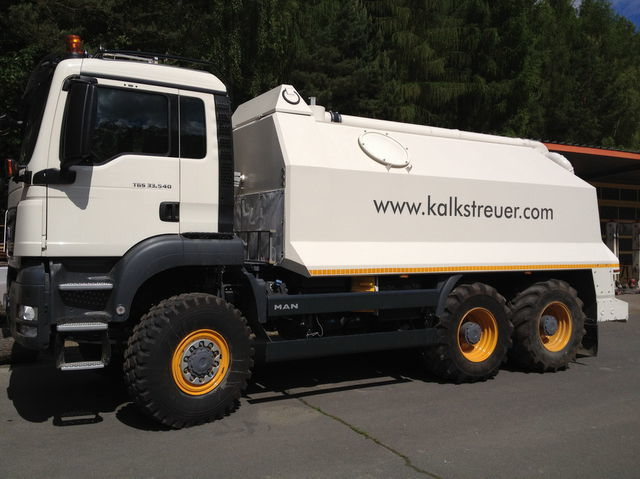 рециклираща машина MAN spreader for laim or cement TGS 33.440 - 6x6