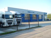 Търговска площадка De Jong Trucks & Trailers