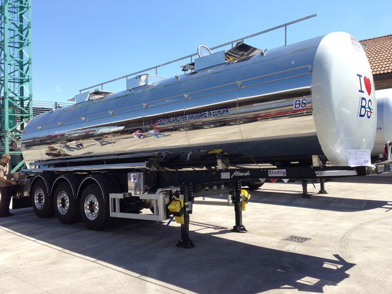 цистерна за храни UNIFRIG Light 5.600 kg