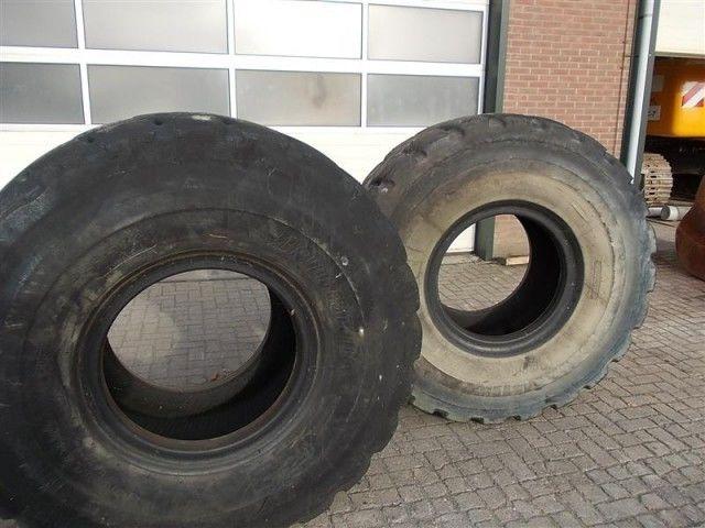 гума за челен товарач Bridgestone L5 23.50- 25.00