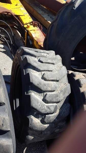 гума за мини товарач PNEU  Bobcat