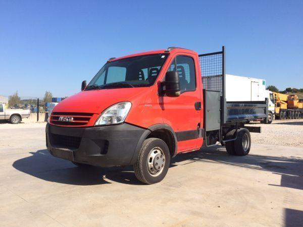 бордови камион IVECO DAILY 35C12+ RIBALTABILE