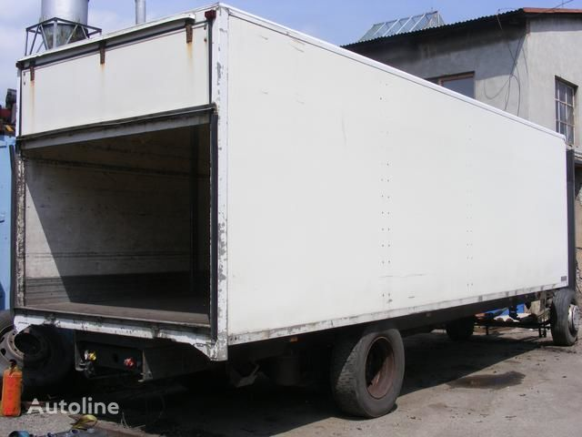 бордови камион prachotěsná nástavba MONTEX