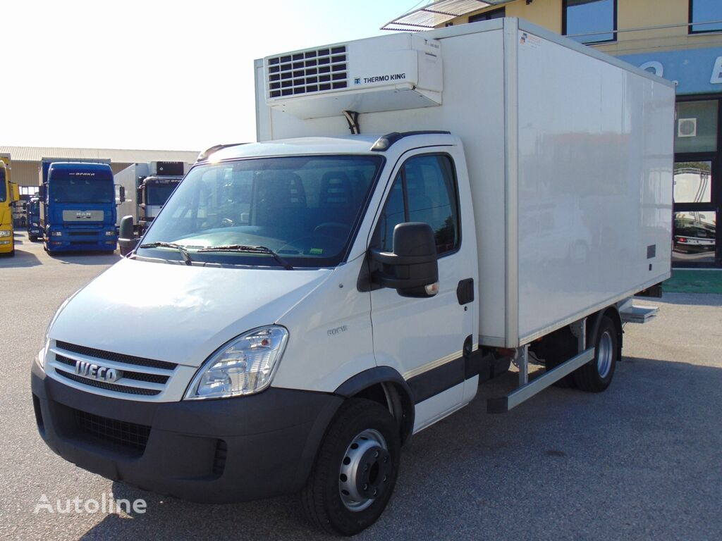 хладилен камион IVECO 60C15 DAILY