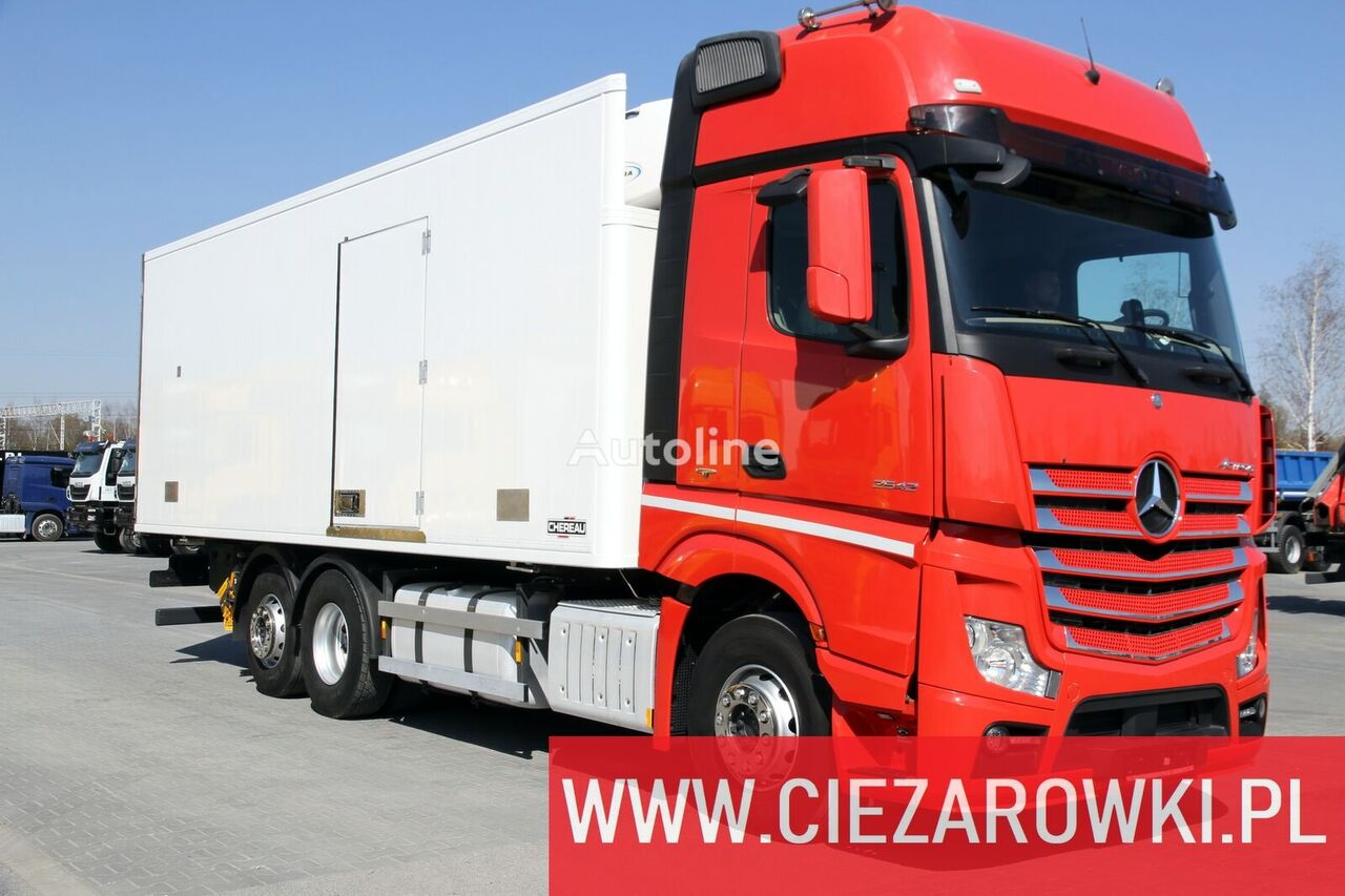 хладилен камион MERCEDES-BENZ Actros 2542 / e6 / 6x2/ hook lift / side door / 18 epal / Carrie
