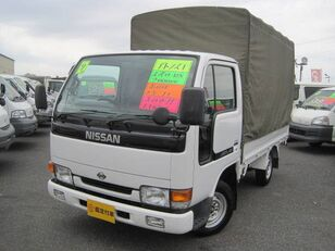 камион брезент NISSAN Atlas