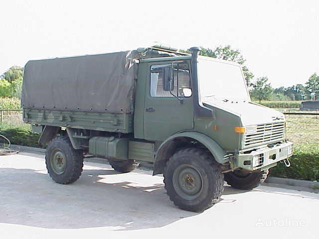 камион брезент UNIMOG 435