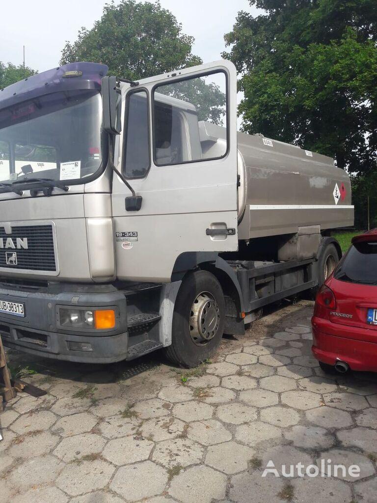 камион цистерна за горива MAN 19.343